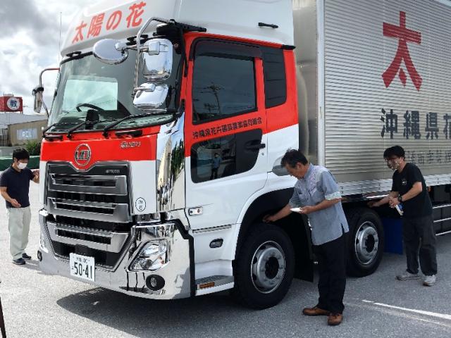 トラック納車式③